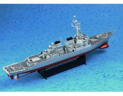 Trumpeter 04523 1:350 USS Arleigh Burke DDG-51 Destroyer Pla