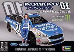 Revell 1/24 # 10 Danica Patrick Aspen Dental Ford Fusion Nas