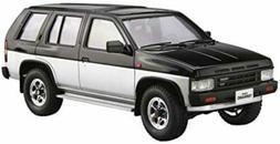 Aoshima 1:24 1991 Nissan Pathfinder Terrano SUV Plastic Mode