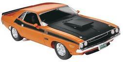 Revell Revell 1/24 Dodge Challenger 2 n 1 RMX852596