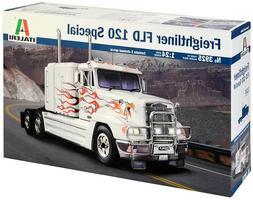 Italeri 1:24 Freightliner FLD 120 Special Plastic Model Kit