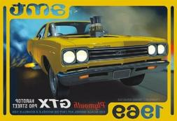 AMT 1/25 1969 Plymouth GTX Hardtop Pro Street Model Kit AMT1