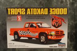 Lindberg 1:25 72714 Dodge Dakota Sport Pickup Truck Model Ki