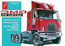 1:25 AMT GMC ASTRO 95 Semi Truck Plastic Model Kit *NEW SEAL