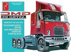 1:25 AMT GMC ASTRO 95 Semi Truck Plastic Model Kit *NEW SEAL