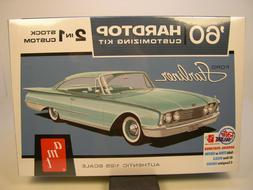 AMT 1:25 SCALE RETRO DELUXE 1960 FORD STARLINER 2n1 PLASTIC
