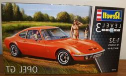 Revell -Germany   1:32  OPEL GT   RMG7680