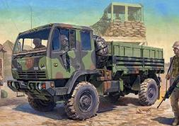 Trumpeter 1/35 M1078 LMTV  US Cargo Truck