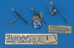 Royal Model 1/35 MG 34 - MG 42 Machine Gun Set German AFVs W