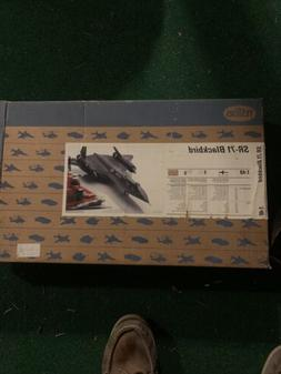 1/48 Testors #7584 SR-71 Blackbird Model Kit Boxed -