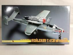 TRIMASTER 1:48 Heinkel He 162A-2 Volksfager German Model Air
