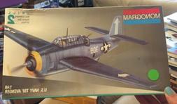 Monogram 1/48 US Navy TBF Avenger Model Kit # 5210 Vintage S