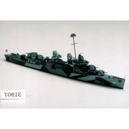 1/700 USS Destroyer DD797 Cushing by Tamiya
