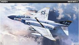 Academy 1/72 F-4J VF-84 Jolly Rogers Plastic Model Kit 12529