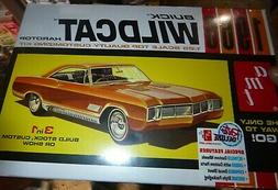 AMT 1175 1966 BUICK WILDCAT RETRO 1/25 Model Car Mountain KI