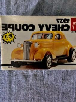 AMT 1937 Chevy Coupe Model Kit
