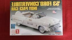 LINDBERG 1953 FORD CONVERTIBLE INDY PACE CAR 1/25 SCALE MODE