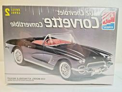 1962 Chevrolet Corvette  Convertible  - 1/25 Scale  AMT ERTL