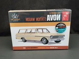 AMT 1963 Chevy II Nova Station Wagon 1:25 Scale Plastic Mode
