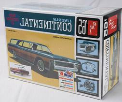 AMT 1965 Lincoln Continental 1:25 Scale Plastic Model Car Ki