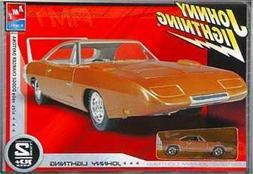 1969 Dodge Charger Daytona 1:25 Scale Model Kit - BONUS John