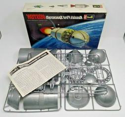 1969 vintage REVELL Russia's First Spacecraft VOSTOK model k
