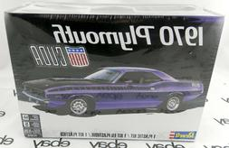 Revell 1970 Plymouth AAR Cuda 1:25 scale model car kit new 4