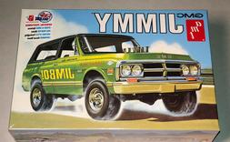 AMT 1972 GMC Jimmy 1:25 scale model kit new 1219