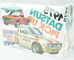 MPC 1975 Datsun Pickup Truck - 3 Way To Build 1:25 Plastic M