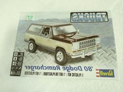REVELL 1980 DODGE RAMCHARGER TRUCK MODEL KIT #85-4372 FACTOR