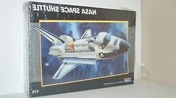 1987 Monogram 1:72 NASA Space Shuttle Model Kit MPN 5904 - N