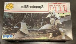 1990 MPC Star Wars Return of the Jedi Speeder Bike Model Kit