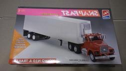 6 AMT ERTL 1994 1/32 Volvo N10 Truck