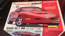 """Lindberg 1994 Pontiac Firebird """"Firehawk"""" Model Kit 1/20th"""