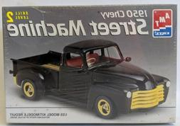 1995 AMT 1:25 Scale 1950 CHEVY STREET MACHINE Pickup Truck M