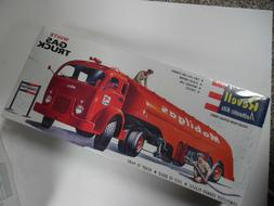 1995 Revell Authentic Kits White Gas Truck - NEW FACTORY SEA