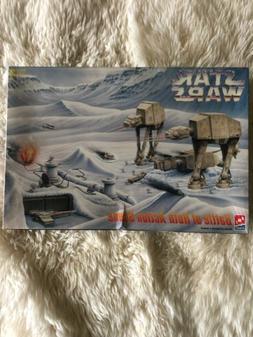 1995 AMT/ERTL Star Wars Battle of Hoth Action Scene ~ Model