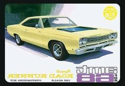 2011 AMT #849 1/25 '68 Plymouth Roadrunner Yellow Plastic mo