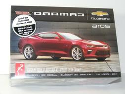 2016 CHEVY CAMARO SS 1/25scale AMT model car kit SEALED Chev
