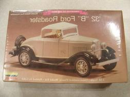 LINDBERG / '32 B FORD ROADSTER / Plastic Model Kit 1:32 Scal