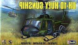 REVELL 855536 1/32 UH-1D Huey Gunship