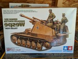 Tamiya 35358 WWII German Self-Propelled Howitzer Wespe Itali