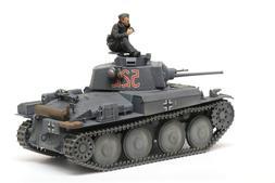 TAMIYA 35369 1/35 GERMAN PzKpfw 38 Ausf E/F LIGHT TANK MODEL