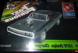 AMT 38033 1970 Dodge Charger Fast and Furious 1/25 Model Car