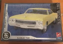 AMT 38547 1966 BUICK WILDCAT 1/25 Model Car KIT FS Discontin