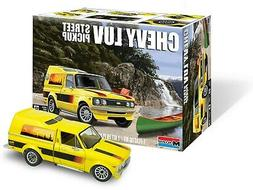 Revell  4493 1/24 Chevy LUV Pickup Truck  RMX4493-NEW