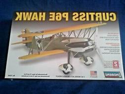 Lindberg 72542  1/48 Curtiss P-6E  Biplane Fighter     Seale