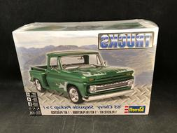 Revell '65 Chevy Stepside Pickup 2 'n 1 1:25 Scale Plastic M
