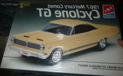 AMT 6750 1967 MERCURY COMET CYCLONE GT 1/25 Model Car Mounta