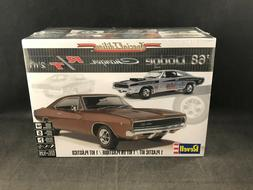 Revell '68 Dodge Charger R/T 2'n1 1:25 Scale Plastic Model K